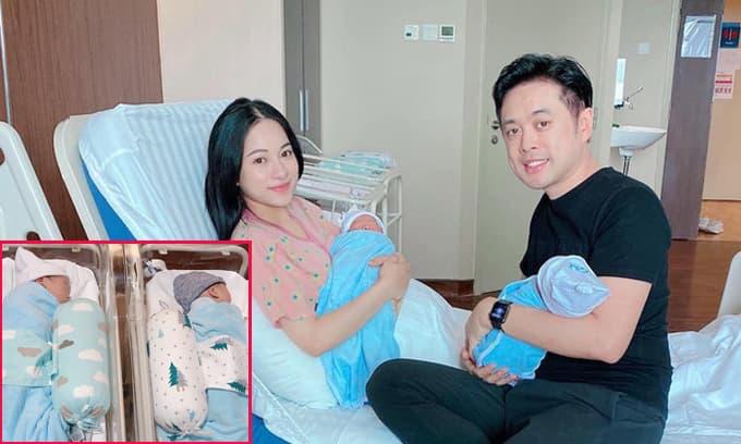 Vợ chồng Dương Khắc Linh lần đầu khoe mặt cặp song sinh, tiết lộ cả hai 'hú hét' vì biểu cảm đáng yêu đầu đời của các con