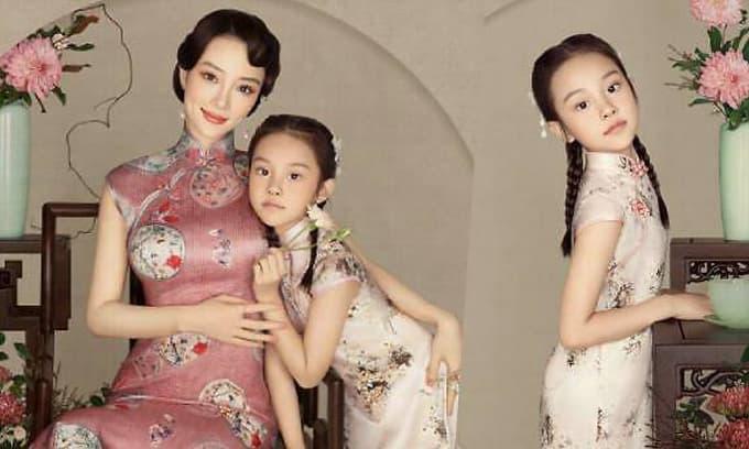 Bất ngờ với diện mạo 'trổ mã' của con gái Lý Tiểu Lộ, mới 8 tuổi mà ra dáng thiếu nữ xinh đẹp