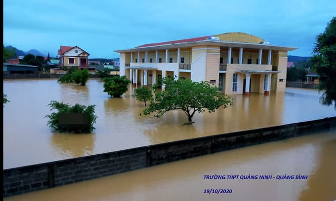 Tâm thư gây xúc động của thầy hiệu trưởng một trường THPT ở Quảng Bình gửi học sinh sau lũ