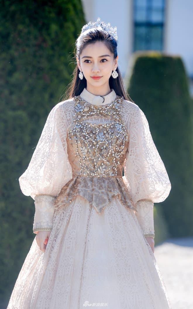 Mỹ nhân Cbiz tạo hình công chúa Lưu Diệc Phi Dương Mịch Triệu Lệ Dĩnh Phạm Băng Băng 24