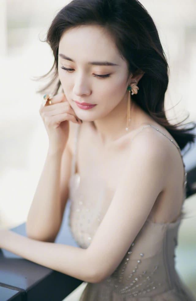 Mỹ nhân Cbiz tạo hình công chúa Lưu Diệc Phi Dương Mịch Triệu Lệ Dĩnh Phạm Băng Băng 13