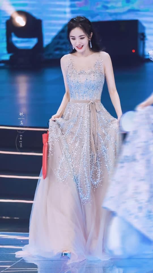 Mỹ nhân Cbiz tạo hình công chúa Lưu Diệc Phi Dương Mịch Triệu Lệ Dĩnh Phạm Băng Băng 15