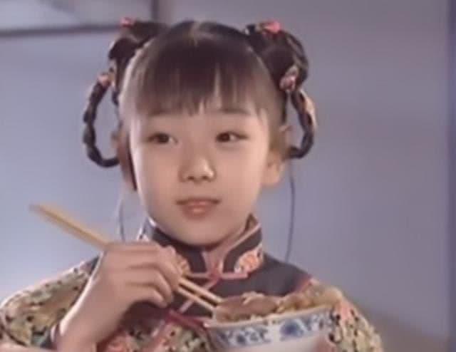 Bạn diễn Triệu Vy của cô vụt sáng thành sao còn cô xuống tóc đi tu năm 31 tuổi 0