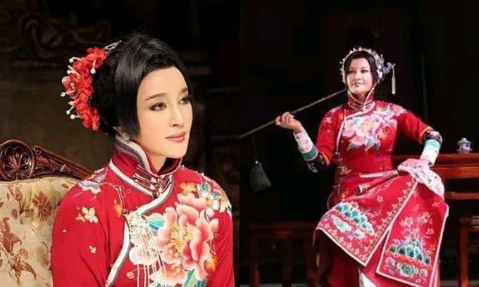 Lưu Hiểu Khánh 65 tuổi đóng vai 25 tuổi được khen ngợi không ngớt, nhưng hạ màn tại sao lại quỳ một gối xuống cám ơn khán giả?