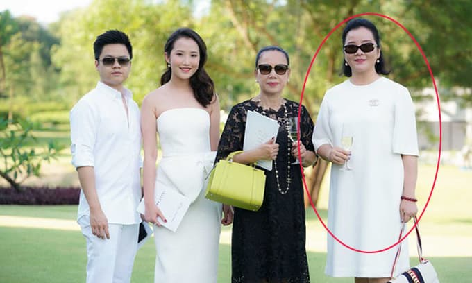 Mẹ vợ tương lai của Phan Thành: Hiệu trưởng trường danh tiếng, 'cô giáo' của nhiều sao Việt