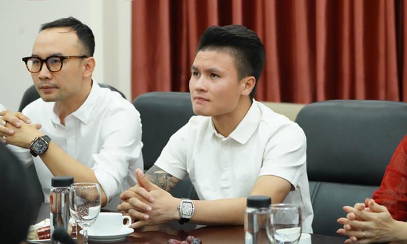 Trở thành tân sinh viên của Đại học Kinh tế, Quang Hải bị dân mạng 'cà khịa'