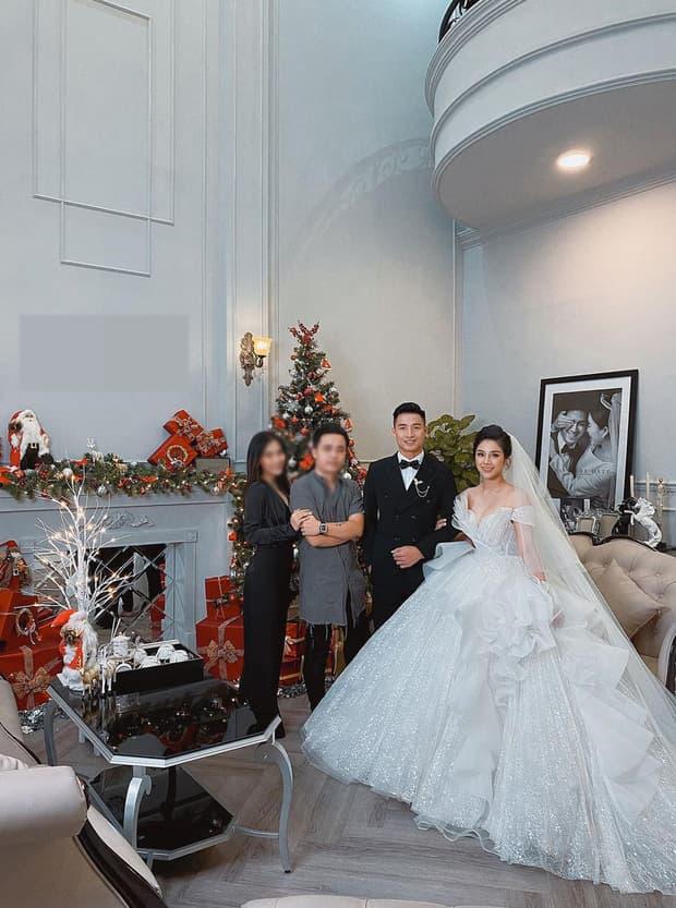 ảnh cưới của vợ Bùi Tiến Dũng 0