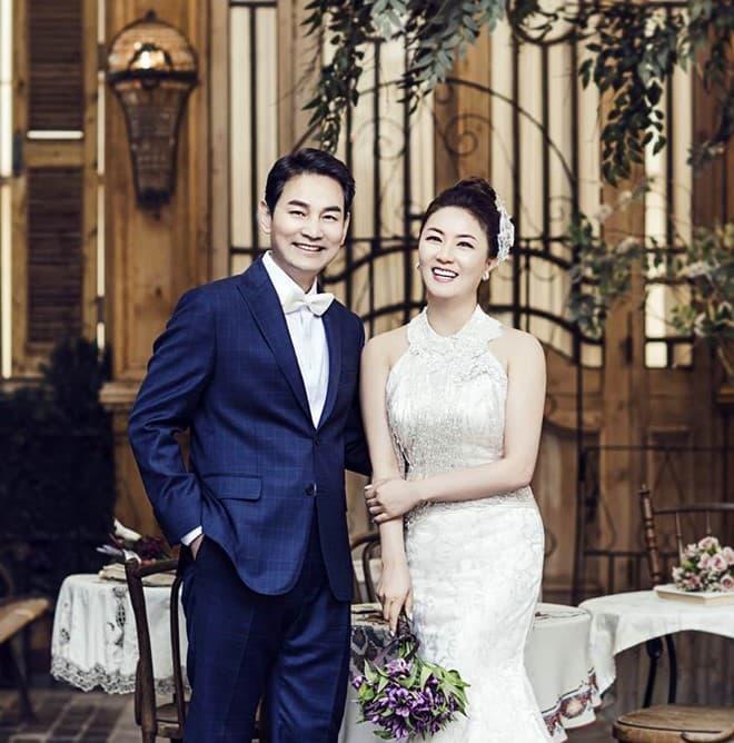 Kim Hye Sun ly hôn lần 3 2
