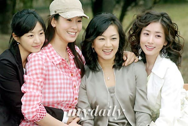 Kim Hye Sun ly hôn lần 3 6