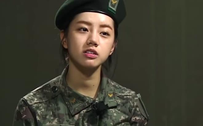 Hyeri lên hương với khoảnh khắc 'bánh bèo' ở show quân đội, Khánh Vân và nhiều sao Việt cũng làm theo nhưng kết quả một trời một vực 2