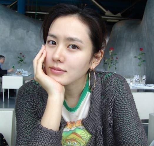 Son Ye Jin lộ diện sau khi hẹn hò Hyun Bin, gương mặt ra sao mà gây chú ý? 0