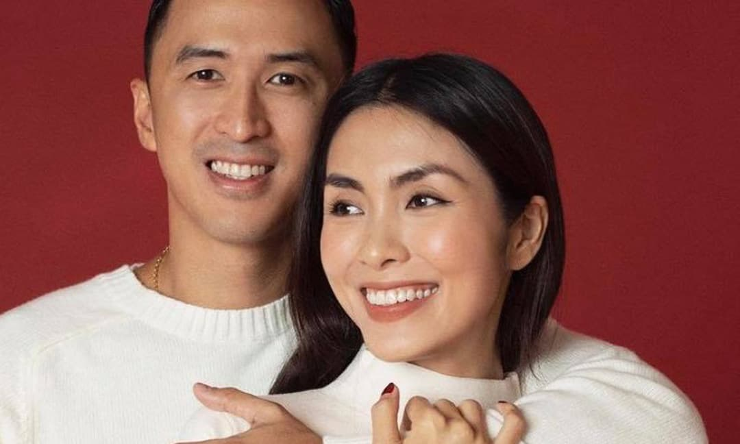 Hà Tăng dành mỹ từ đặc biệt mừng sinh nhật ông xã Louis Nguyễn, diện đồ đôi ngọt ngào như vợ chồng son