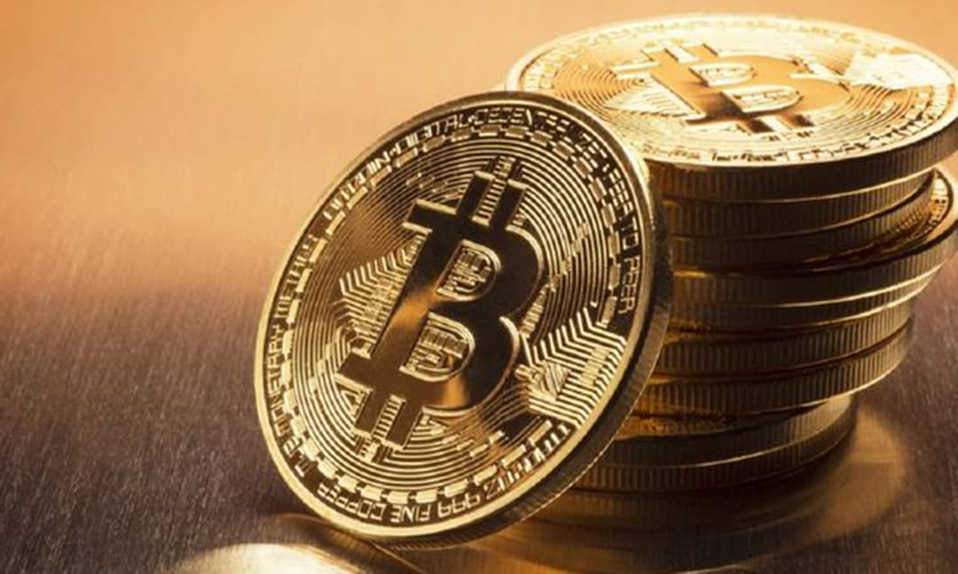Vô tình ném nhầm ổ cứng chứa Bitcoin trị giá hơn 7 nghìn tỷ đồng, người đàn ông rao sẽ tặng hàng triệu USD cho ai tìm thấy