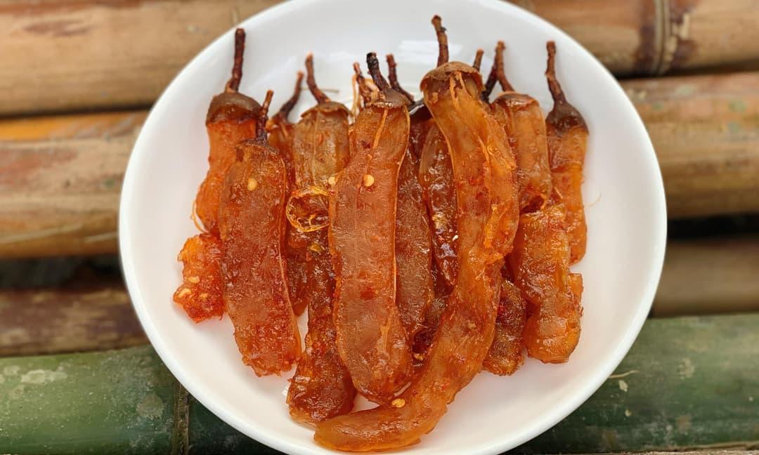 'Mẹ đảm' tiết lộ cách làm mứt me chua chua cay cay vào dịp Tết