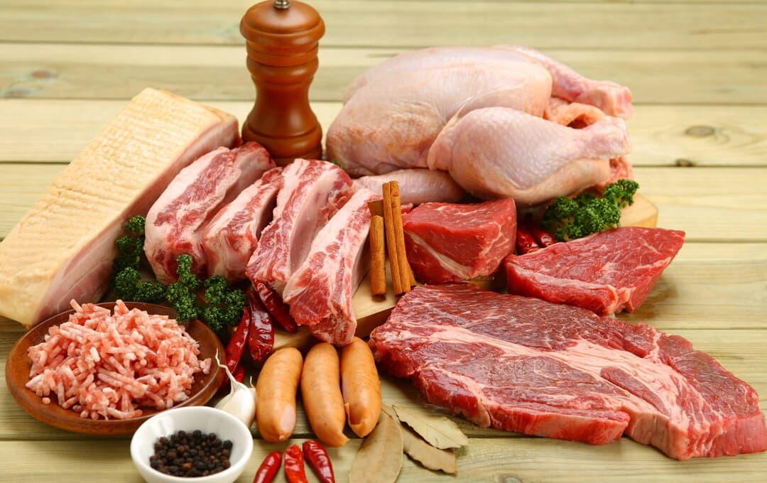 """Những người thích ăn thịt, hãy ăn ít 4 loại thịt """"giảm thọ"""" càng tốt"""