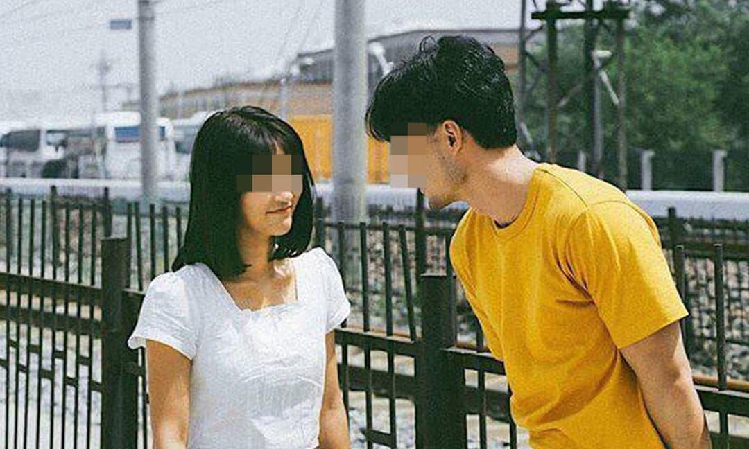 Quen nhau 1 tháng, cô gái được bạn trai tỏ tình với lý do 'Anh đang nợ hơn 130 triệu, anh muốn em vượt qua khó khăn cùng anh'