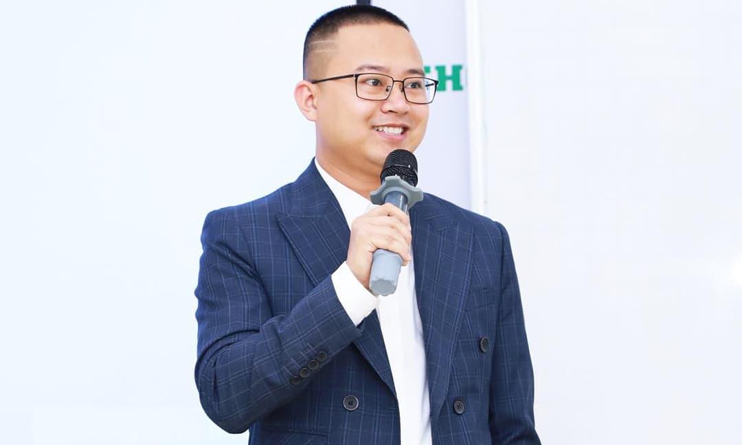 """CEO trẻ Vũ Việt Linh hé lộ bí kíp kinh doanh """"bách chiến bách thắng"""" trên Shopee"""
