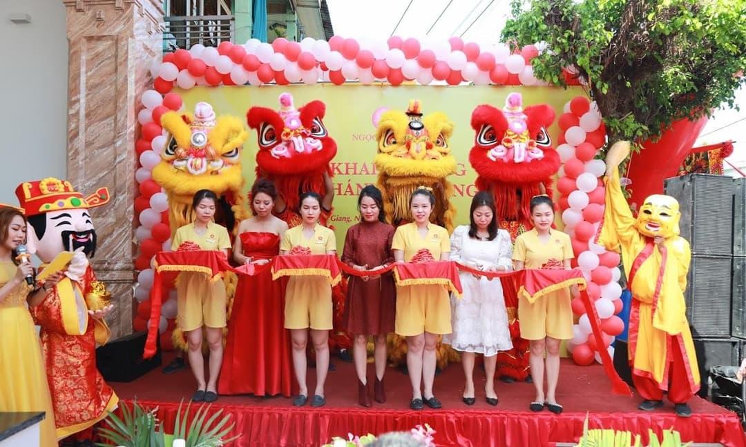Người dân An Giang vui mừng đón khai trương Thẩm mỹ viện 5 sao đầu tiên của tỉnh