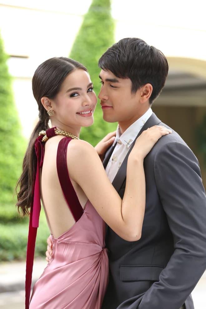 Top diễn viên Thái được khán giả hy vọng đóng cặp trong năm 2021 3