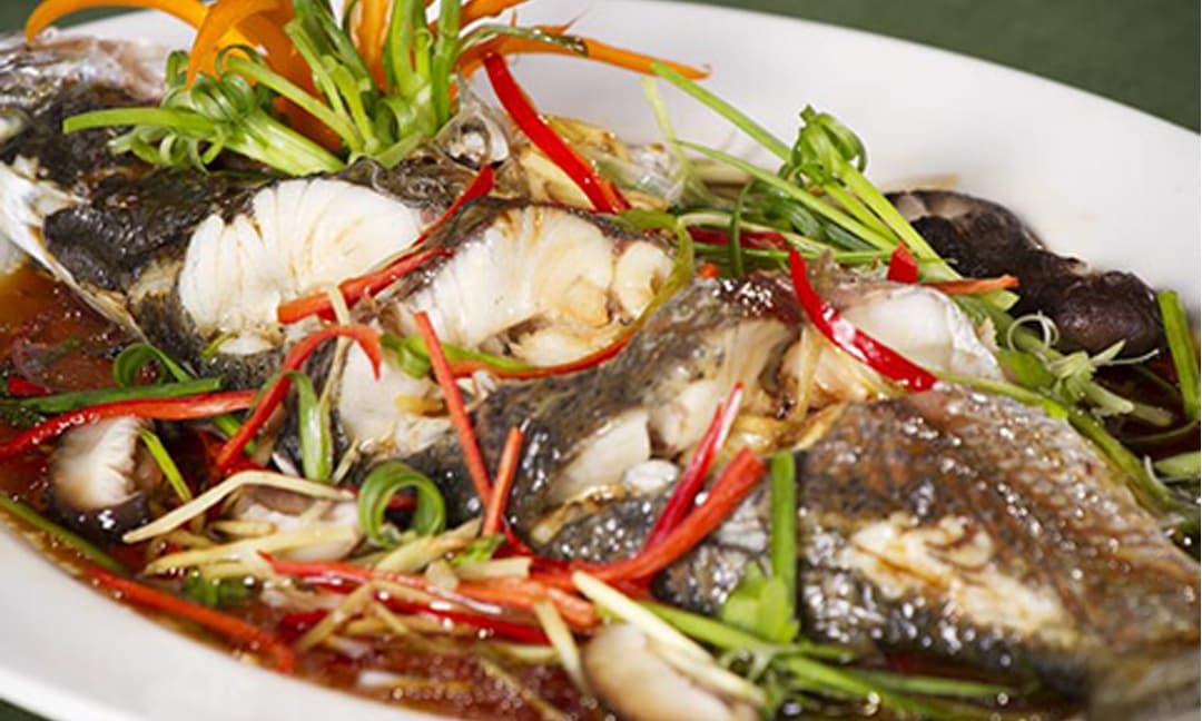 Công thức chuẩn làm món cá hấp xì dầu và mẹo khử sạch mùi tanh giúp món ăn thơm ngon hơn