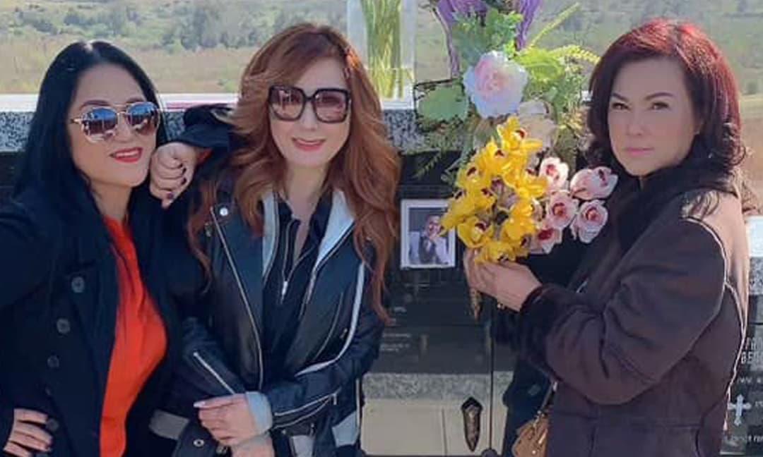 Bà xã Phương Loan cùng đồng nghiệp thân thiết ra mộ thăm cố nghệ sĩ Chí Tài