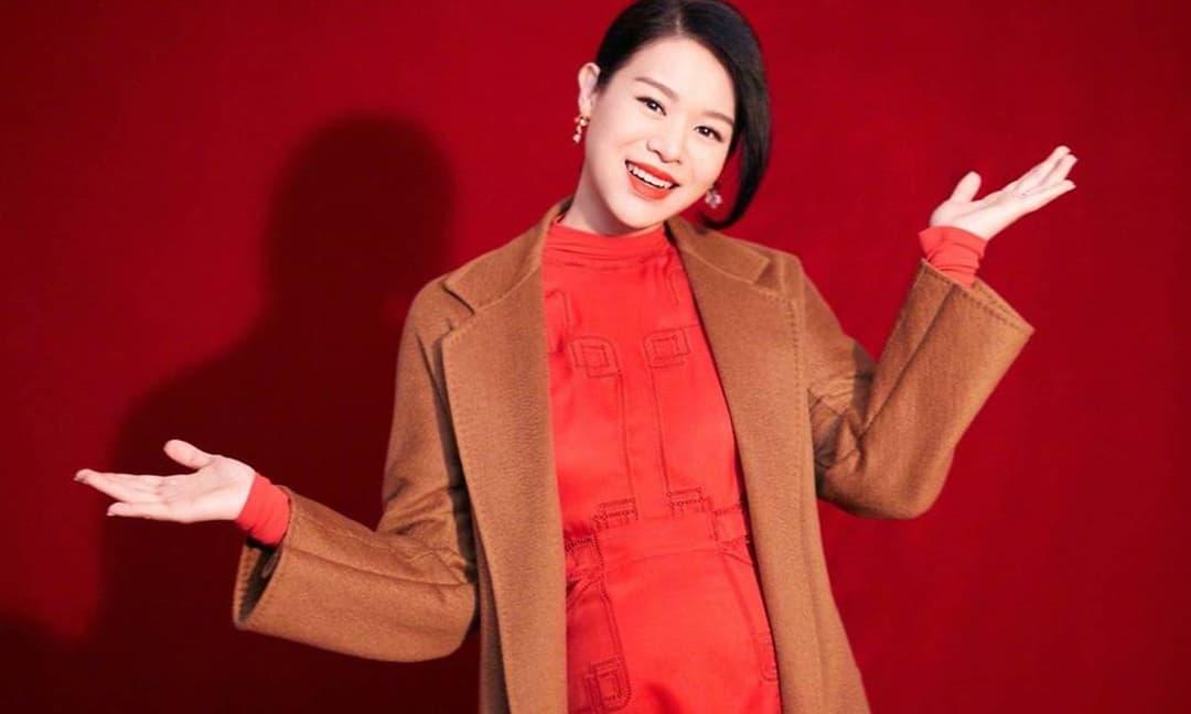 Hồ Hạnh Nhi mang bầu lần ba ở tuổi 42, kiếm được hơn 10 tỷ chỉ trong 3 tháng, thu nhập khủng nhưng lại bị netizen chỉ trích vì điều này
