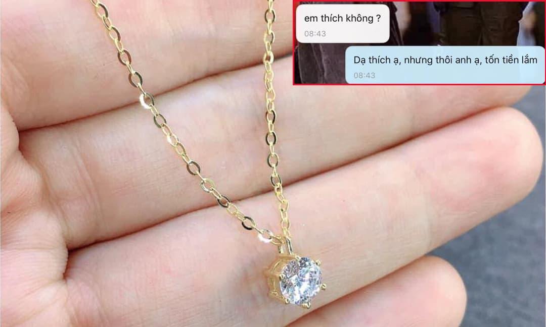 Cô gái thích mê khi được bạn trai tặng dây chuyền vàng 5 triệu nhân ngày 8/3, nhưng ai ngờ nhận cái kết 'vỡ mộng'