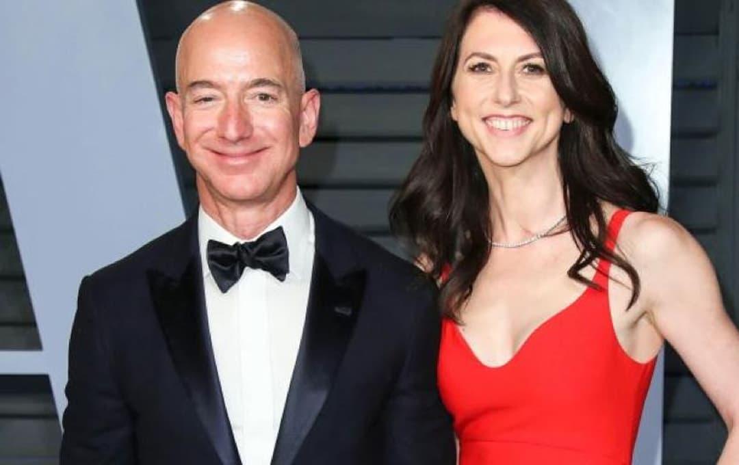 Người phụ nữ xấu nhất nước Mỹ: Cưa đổ người đàn ông giàu nhất thế giới, quyên góp 18,5 tỷ USD sau chia tay và mới kết hôn!