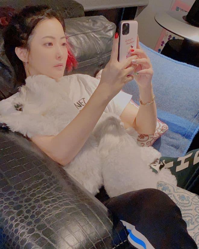 'Đệ nhất mỹ nhân xứ Hàn' Kim Hee Sun bị phát hiện sử dụng app chỉnh ảnh nhưng ai cũng khen nức nở vì điều này 1
