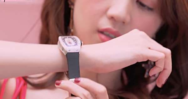 Nhìn lại bộ sưu tập đồng hồ hàng chục tỷ của 'Nữ hoàng nội y' Ngọc Trinh trước khi bị mất cắp 6