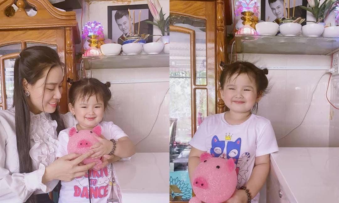 Linh Lan khoe con gái út hào hứng khi nhận được kỷ vật cuối cùng của Vân Quang Long sau 100 ngày