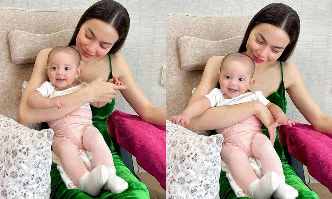 Vẻ mặt cười tươi của con gái Hồ Ngọc Hà khi cùng mẹ đi làm đẹp khiến fan đứng ngồi không yên