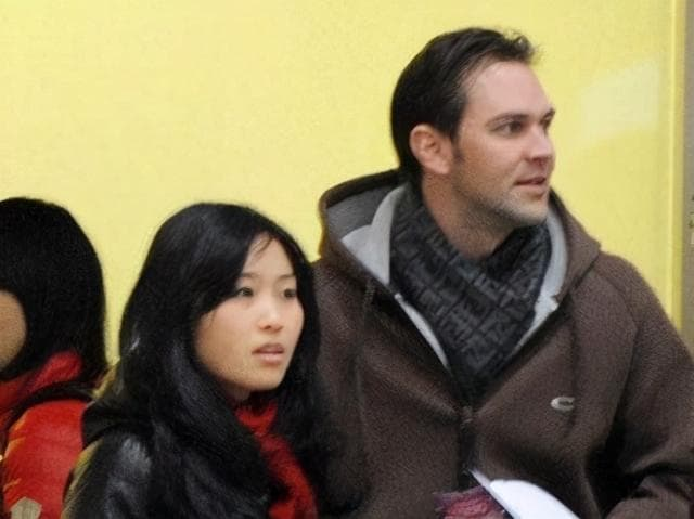 Con gái Trương Nghệ Mưu kết hôn năm 23 tuổi, công kích và đổ lỗi cho Củng Lợi đã hủy hoại tuổi thơ của mình 5