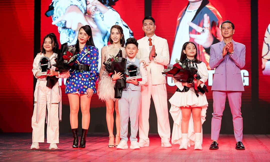 Giọng ca 14 tuổi xứ Nghệ - Thùy Trang trở thành Á quân Giọng hát Việt Nhí 2021