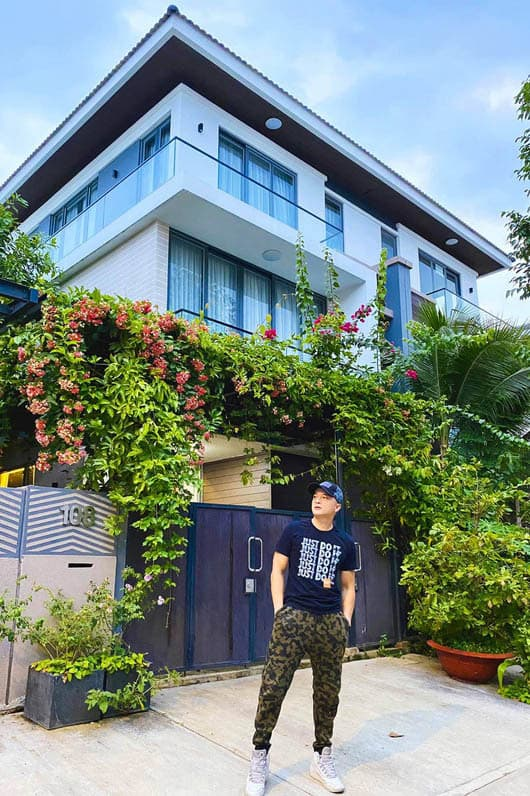 Cao Thái Sơn, Nhà sao việt