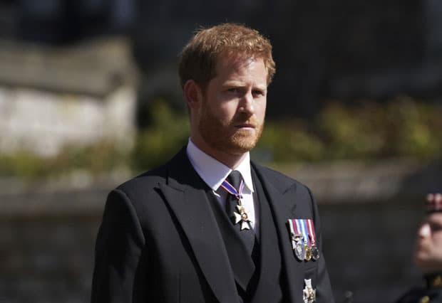 Harry bị sốc vì 'phản ứng lạnh nhạt' của người thân trong Hoàng gia nhưng Meghan lại có thái độ hoàn toàn trái ngược 2