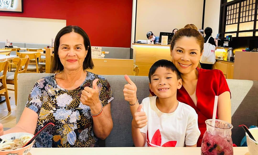 Con trai nuôi của Thanh Thảo không muốn trở về Mỹ sau vài tháng sống tại Việt Nam