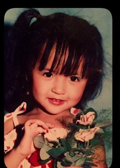 ảnh hồi nhỏ của diễn viên Hương Vị tình thân  1