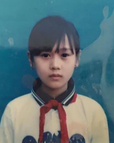 ảnh hồi nhỏ của diễn viên Hương Vị tình thân  0