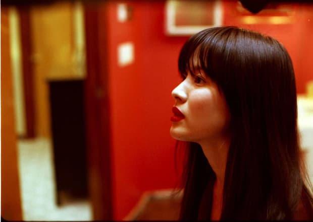 Song Hye Kyo và bộ phim 'nóng' đến mức bị cấm chiếu: Vào vai tiểu tam, quyến rũ cả vợ lẫn chồng  3