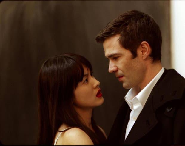 Song Hye Kyo và bộ phim 'nóng' đến mức bị cấm chiếu: Vào vai tiểu tam, quyến rũ cả vợ lẫn chồng  7