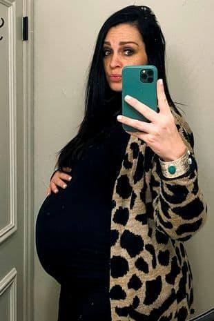 sinh con khi chồng qua đời 4
