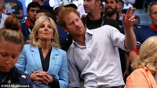 Bị Hoàng gia quay lưng, Harry tham gia sự kiện cùng Đệ nhất phu nhân Biden, khẳng định vị trí trên đất Mỹ  3