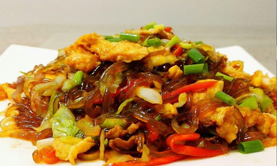 Cách làm món miến xào thịt, trứng và rau, vừa bổ dưỡng lại vừa siêu nhanh! Hãy ăn ngay vào bữa tối hôm nay!