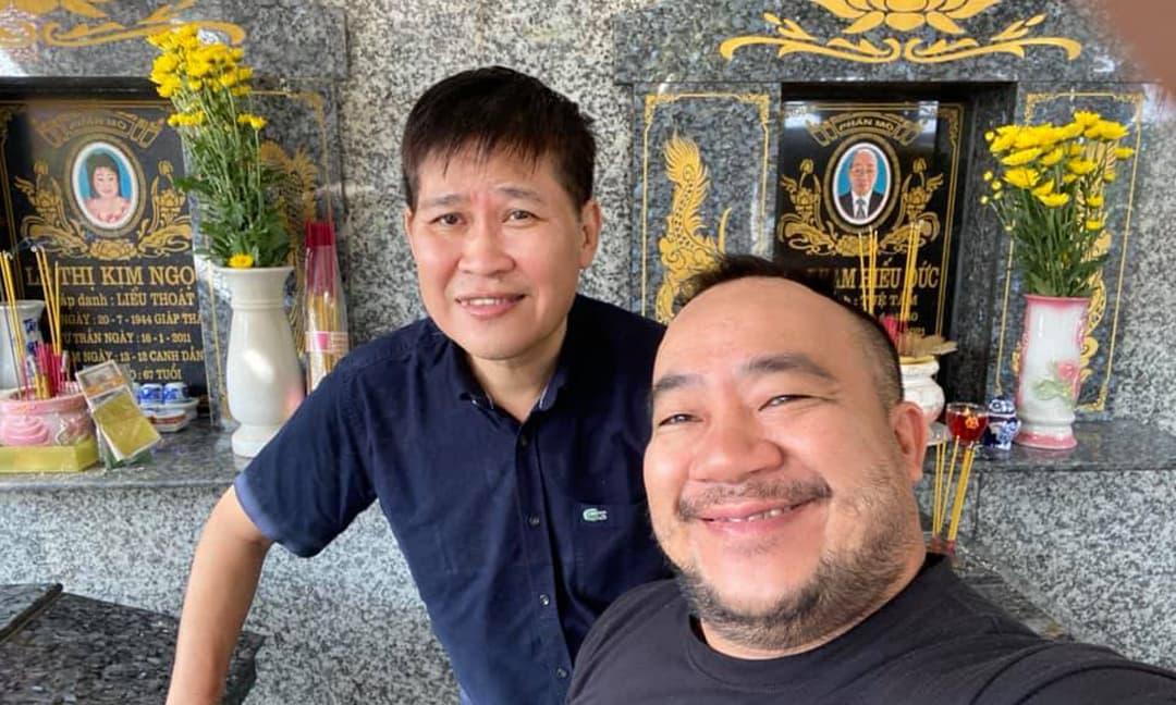 Nghệ sĩ Phước Sang hiếm hoi lộ diện cùng Hiếu Hiền khi đi thăm mộ cố NS Kim Ngọc - Đức Lang