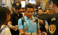 Dàn sao ĐT Việt Nam được công an và dàn vệ sĩ hộ tống tại sân bay Tân Sơn Nhất