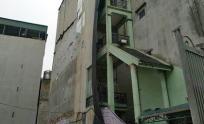 Căn nhà 7 tầng siêu mỏng với chiều ngang 1,5 mét khiến dân mạng tò mò không biết gia chủ ở kiểu gì?