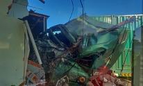 Xe container mất lái đâm sập nhà dân khiến 1 người tử vong