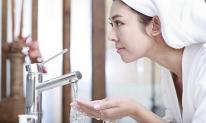 95% phụ nữ mắc sai lầm khi rửa mặt vào mùa đông khiến da thô ráp và lão hóa không phanh