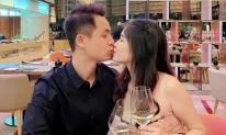 Đăng Khôi đưa Thủy Anh ra Hà Nội tổ chức sinh nhật ở khách sạn, không ngại gọi vợ là 'công chúa bé bỏng'